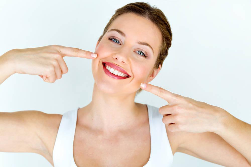 El cuidado de los dientes y encías, la asignatura pendiente de muchas personas